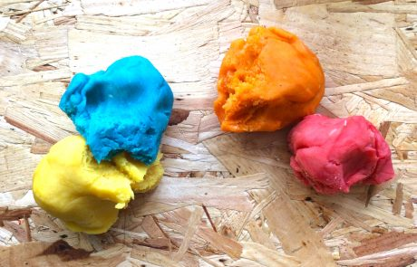 diy colourful playdough